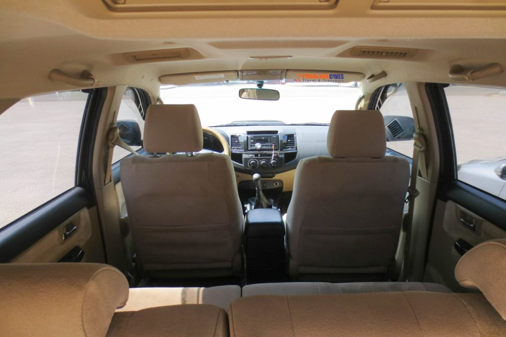 toyota-fortuner-7-seat-car-internal