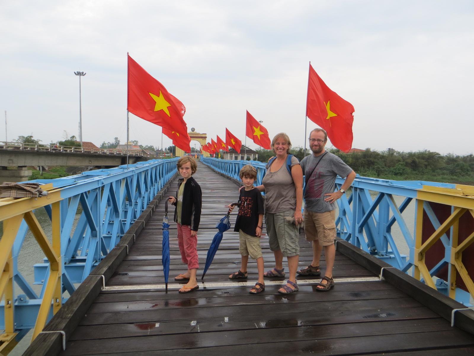 Hien Luong Bridge - Ben Hai River