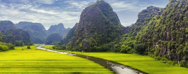 Phong Nha to Ninh Binh by private car